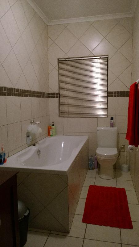 Property For Sale in Kraaifontein, Kraaifontein 15