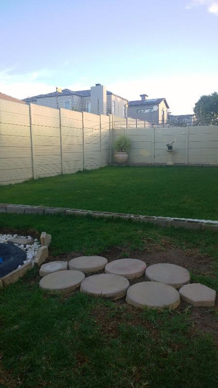 Property For Sale in Uitzicht, Cape Town 15