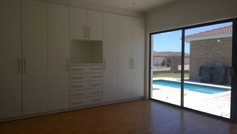 Property For Rent in Brackenfell, Cape Town 13