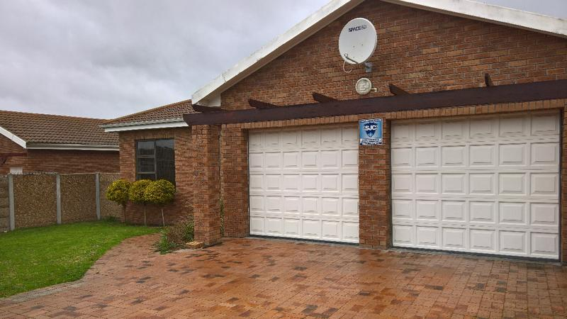Property For Rent in Protea Heights, Cape Town 4