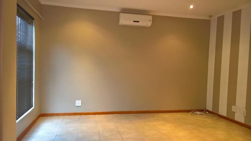 Property For Rent in Protea Heights, Cape Town 7