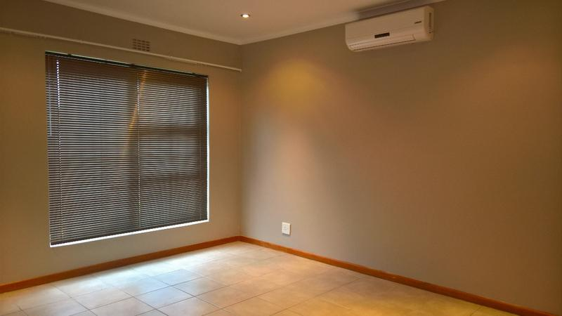 Property For Rent in Protea Heights, Cape Town 16
