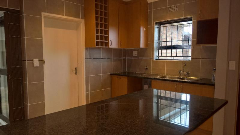 Property For Rent in Protea Heights, Cape Town 8