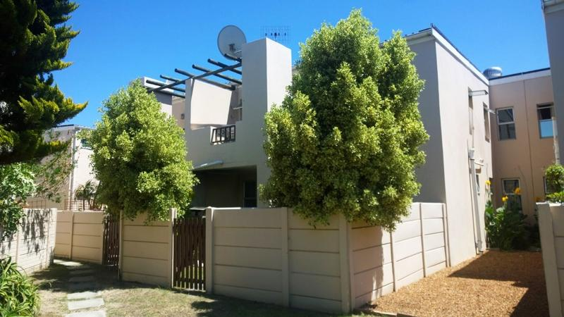 Property For Sale in Table View, Cape Town 1
