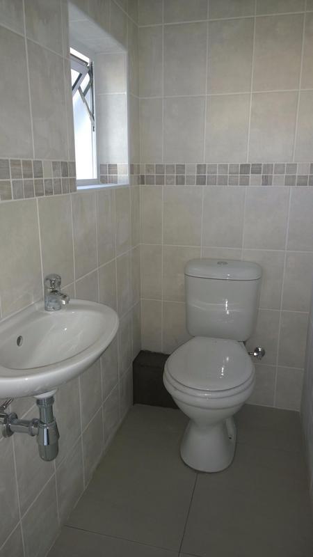 Property For Rent in Langeberg Ridge, Cape Town 13