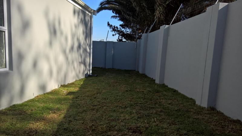 Property For Rent in Langeberg Ridge, Cape Town 16