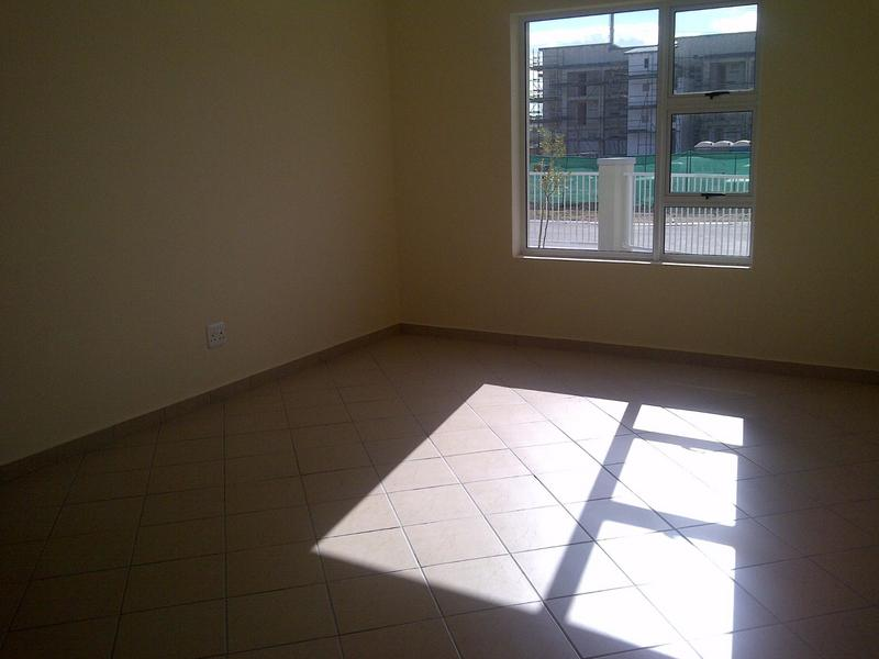 Property For Rent in Buh-rein, Cape Town 3