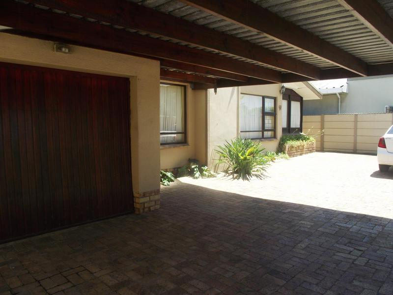 Property For Rent in Vasco Estate, Goodwood 2