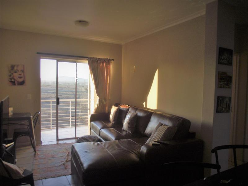 Property For Rent in Uitzicht, Cape Town 3