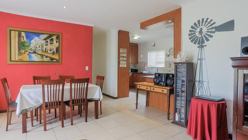 Property For Sale in Zonnendal, Kraaifontein 6