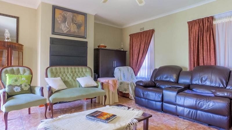 Property For Sale in Zonnendal, Kraaifontein 3