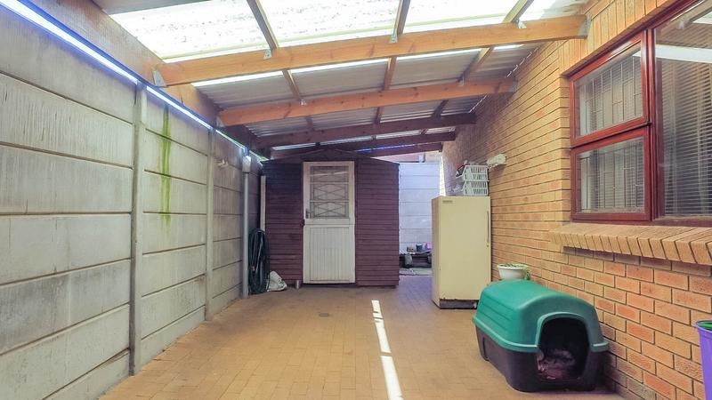 Property For Sale in Zonnendal, Kraaifontein 12