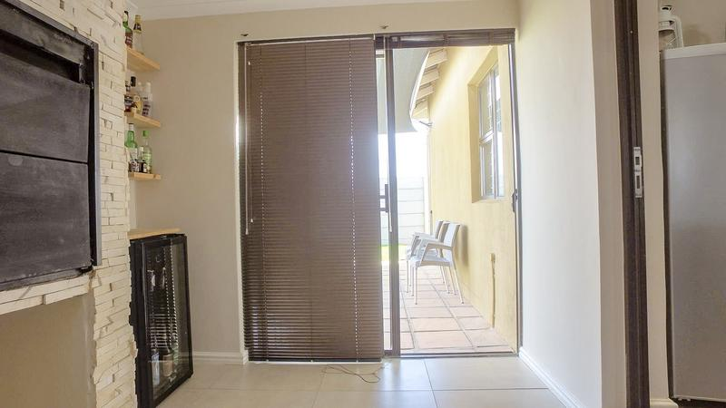 Property For Sale in Viking Village, Kraaifontein 11