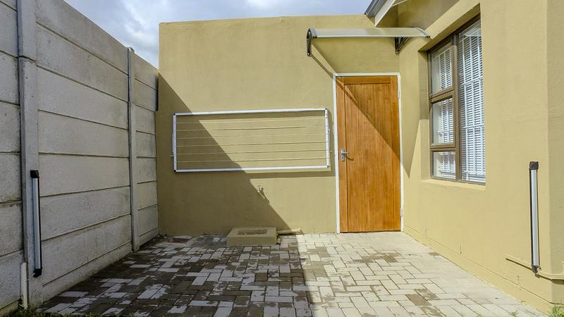 Property For Sale in Viking Village, Kraaifontein 17
