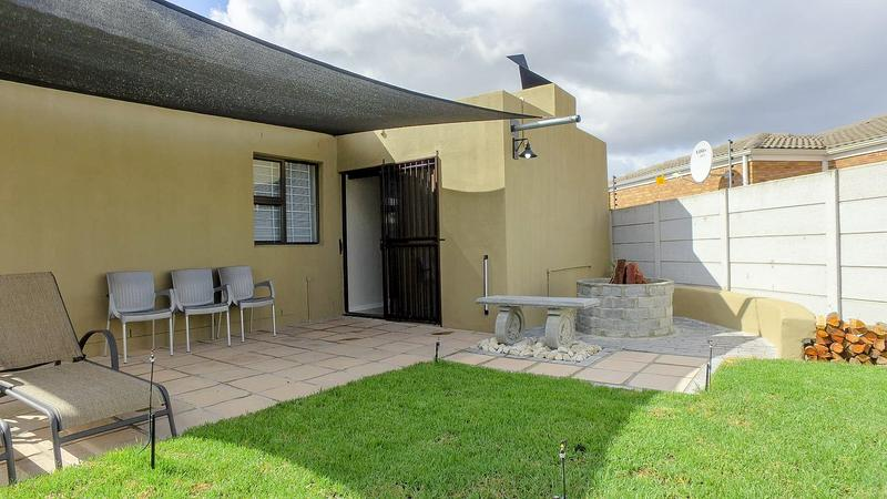 Property For Sale in Viking Village, Kraaifontein 18