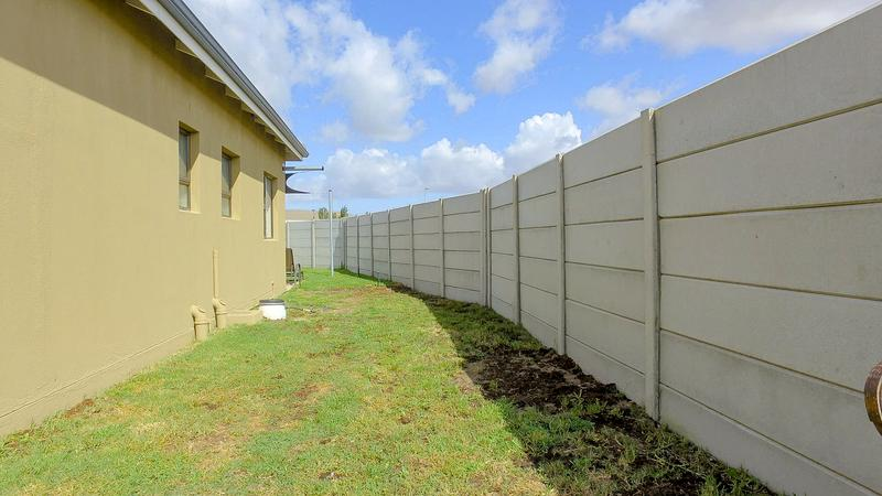 Property For Sale in Viking Village, Kraaifontein 20