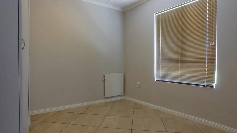 Property For Rent in Buhrein, Kraaifontein 10
