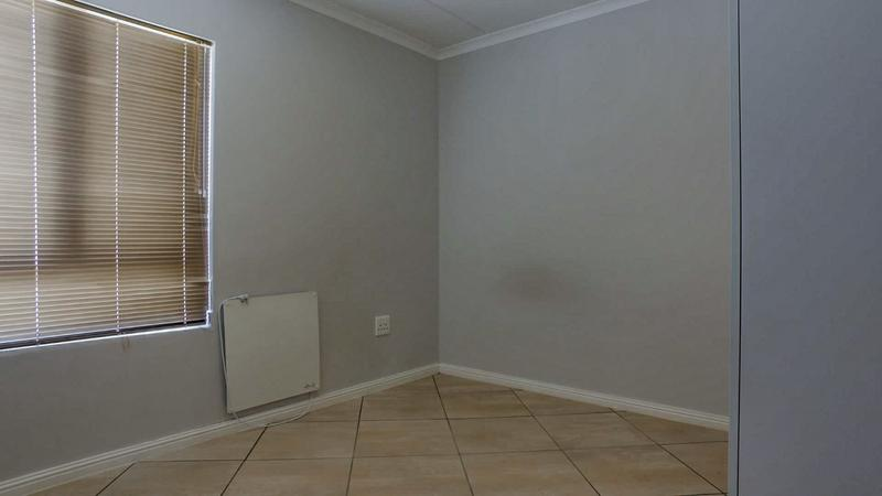 Property For Rent in Buhrein, Kraaifontein 13