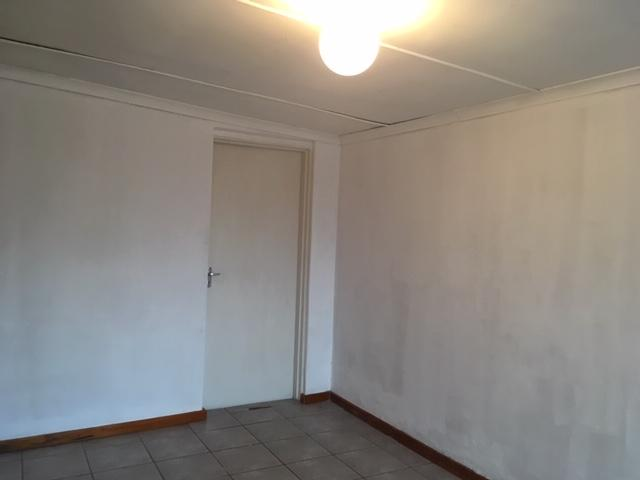 Property For Rent in Bonnie Brae, Kraaifontein 9