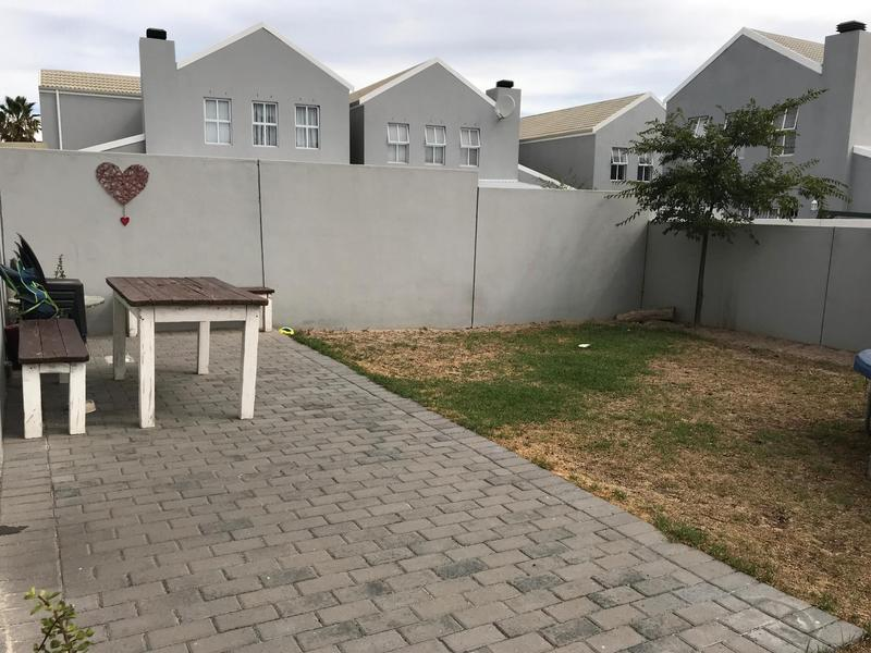 Property For Rent in Langeberg Ridge, Cape Town 13