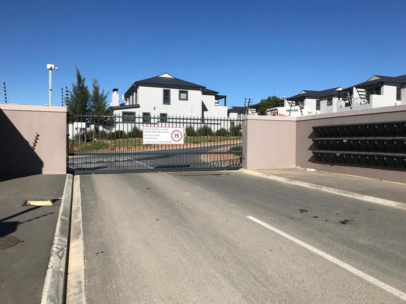 Property For Rent in Langeberg Ridge, Cape Town 3