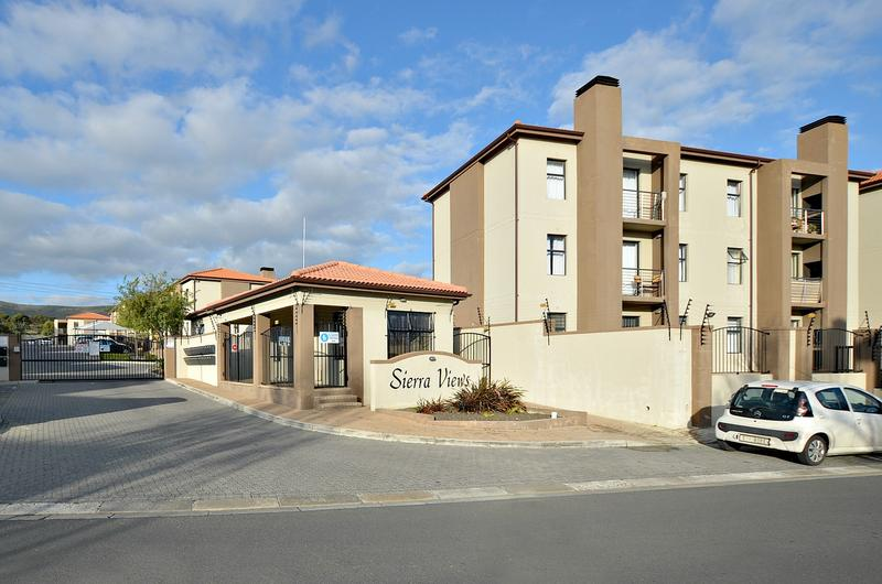 Property For Rent in Burgundy Estate, Milnerton 1