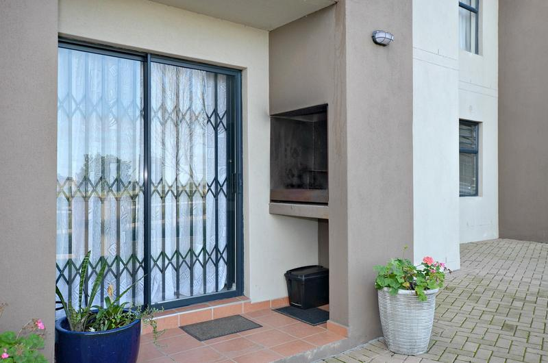 Property For Rent in Burgundy Estate, Milnerton 14