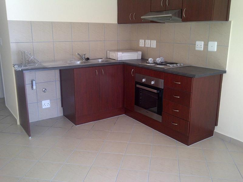 Property For Rent in Buhrein, Kraaifontein 2
