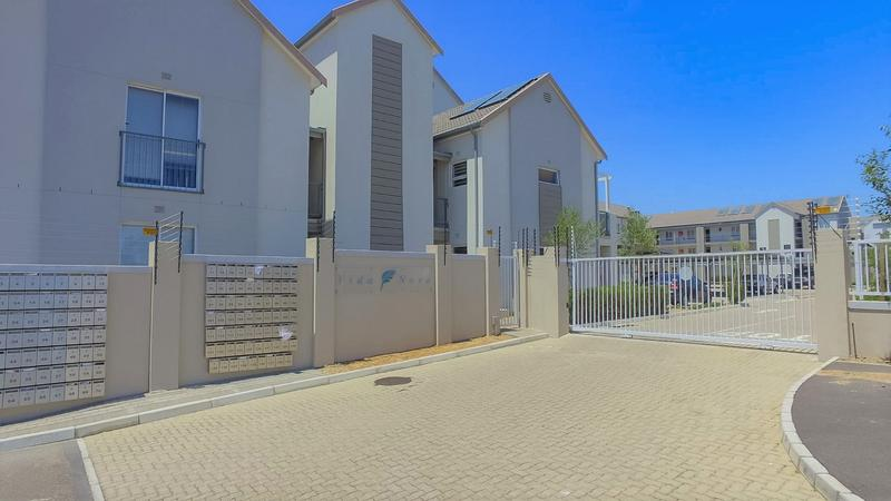 Property For Rent in Buhrein, Kraaifontein 4