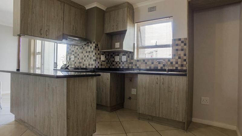 Property For Rent in Buhrein, Kraaifontein 3