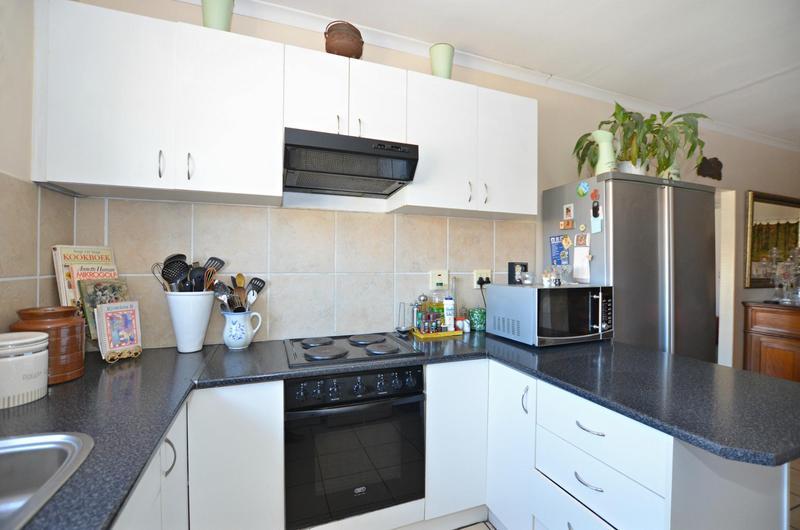 Property For Sale in Zonnendal, Kraaifontein 5