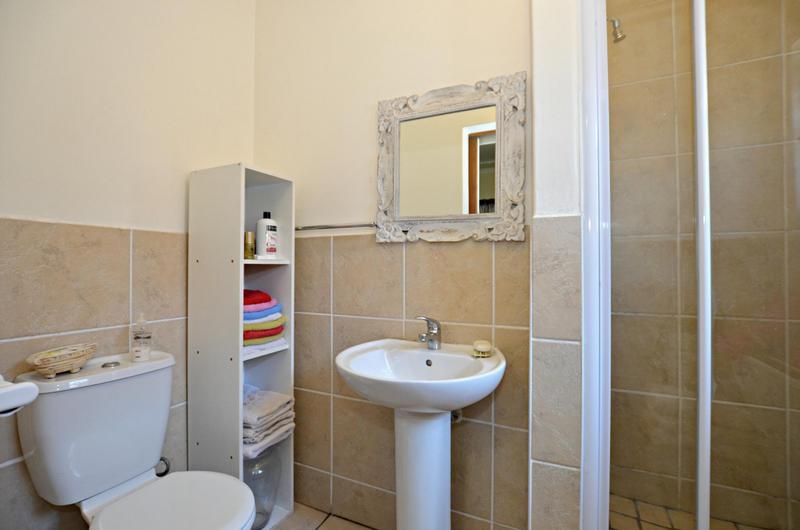 Property For Sale in Zonnendal, Kraaifontein 11