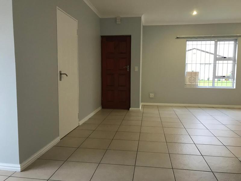 Property For Rent in Zonnendal, Kraaifontein 5