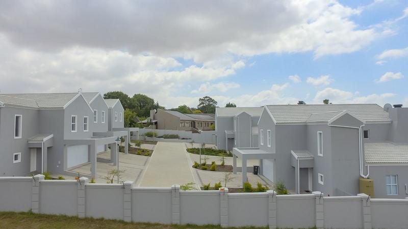 Property For Rent in Vierlanden, Durbanville 2