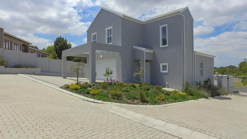 Property For Rent in Vierlanden, Durbanville 3