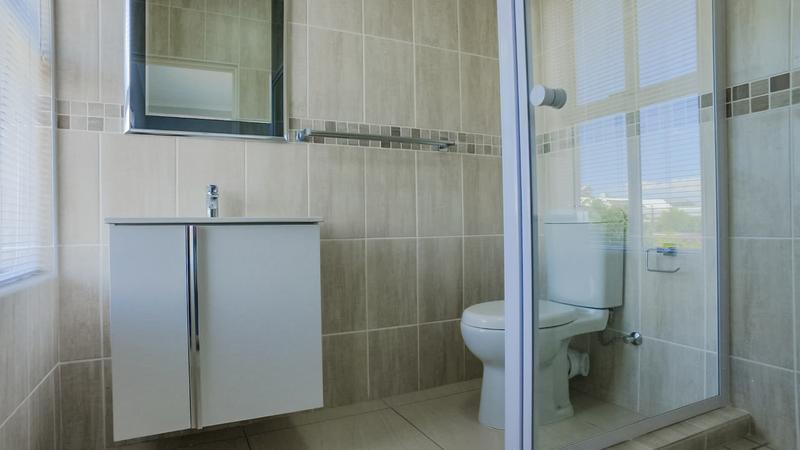 Property For Rent in Vierlanden, Durbanville 13