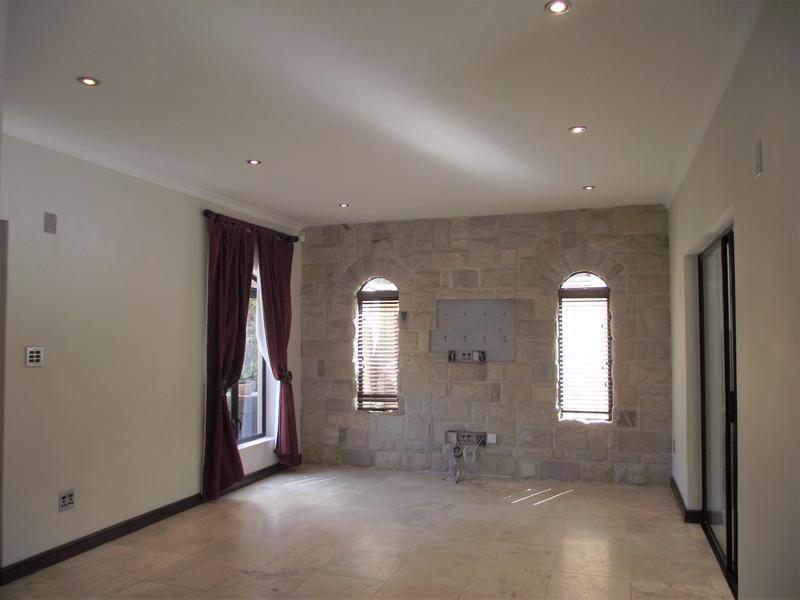 Property For Rent in Plattekloof, Parow 3