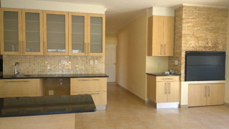 Property For Rent in Sonkring, Brackenfell 6