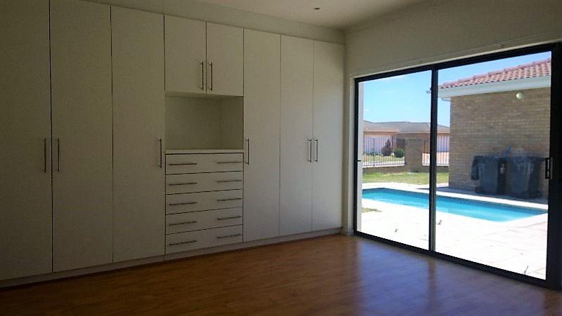 Property For Rent in Sonkring, Brackenfell 12