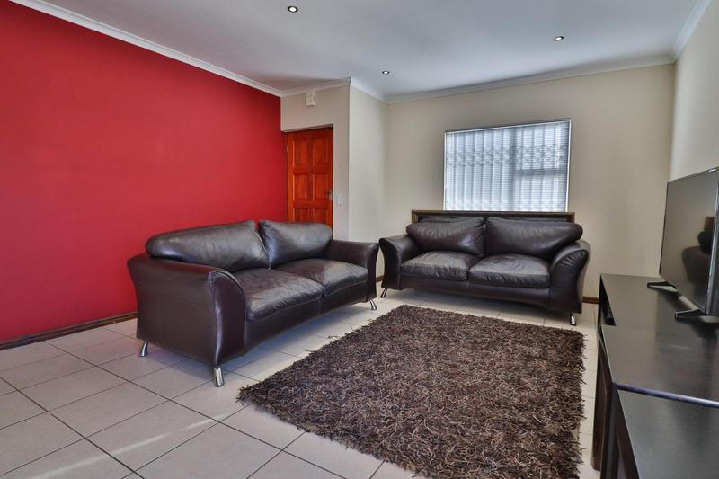 Property For Rent in Zonnendal, Kraaifontein 2
