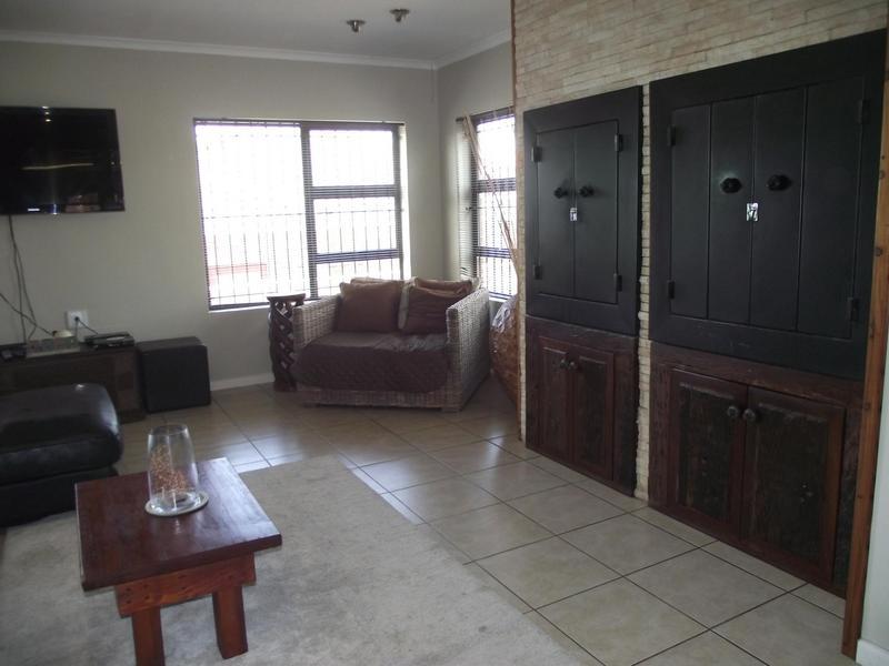 Property For Rent in Langeberg Ridge, Cape Town 5