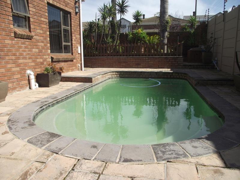 Property For Rent in Langeberg Ridge, Cape Town 18