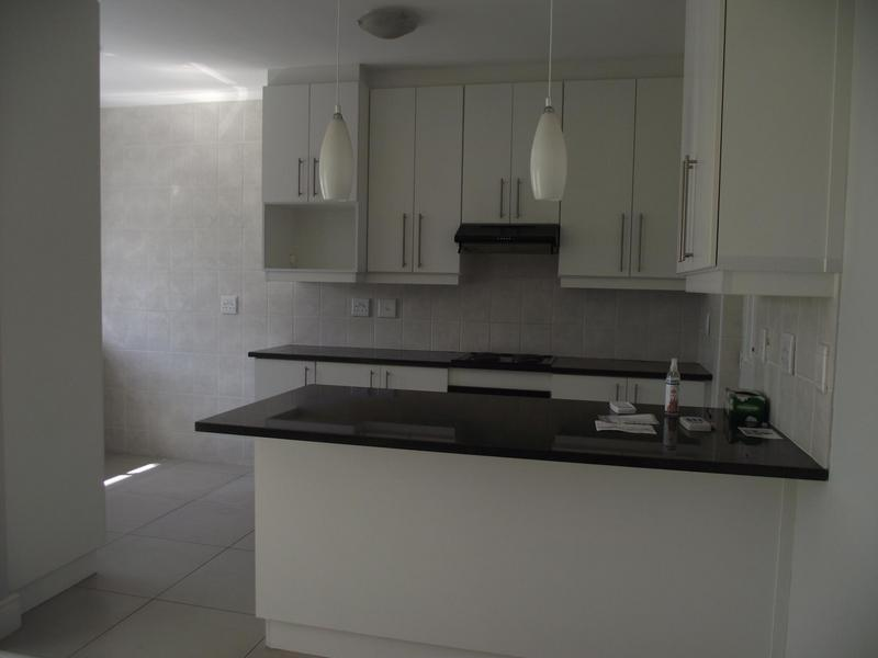 Property For Rent in Langeberg Ridge, Cape Town 8