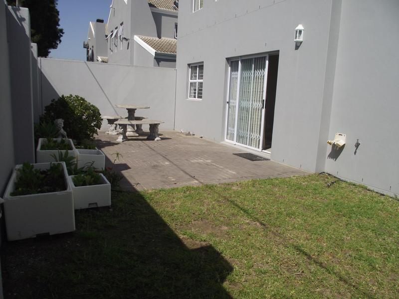Property For Rent in Langeberg Ridge, Cape Town 22