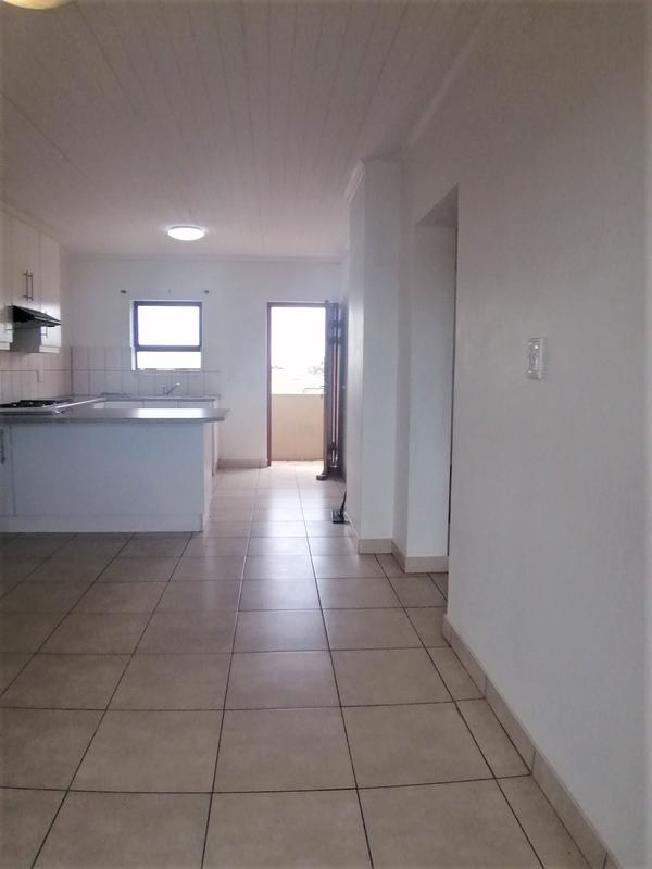 Property For Rent in Oakglen, Bellville 11