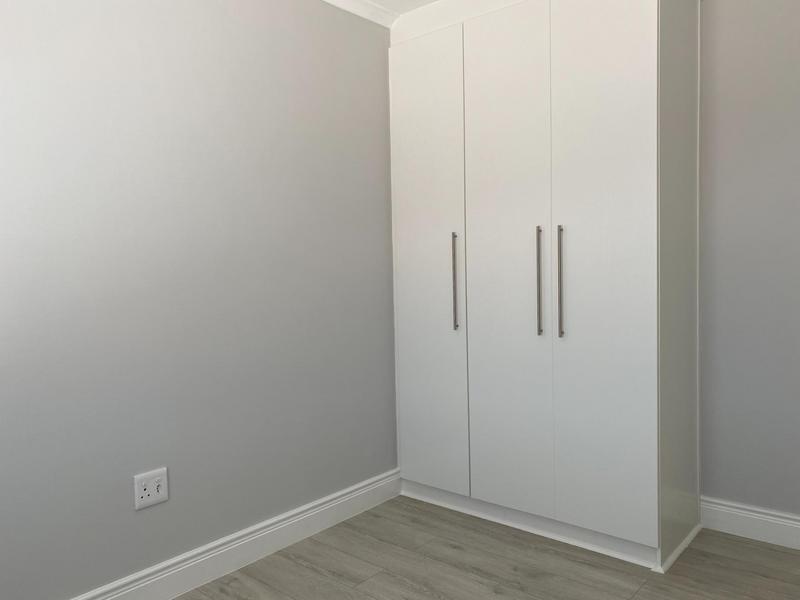 Property For Rent in Langeberg Ridge, Cape Town 9
