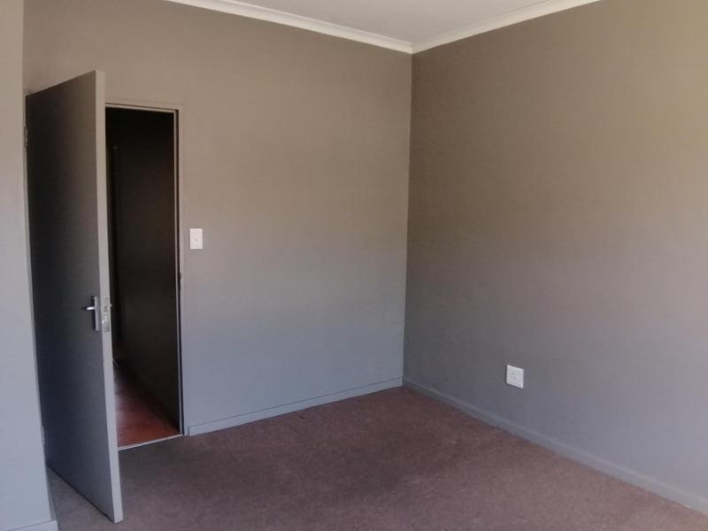 Property For Rent in Sonstraal Heights, Durbanville 9