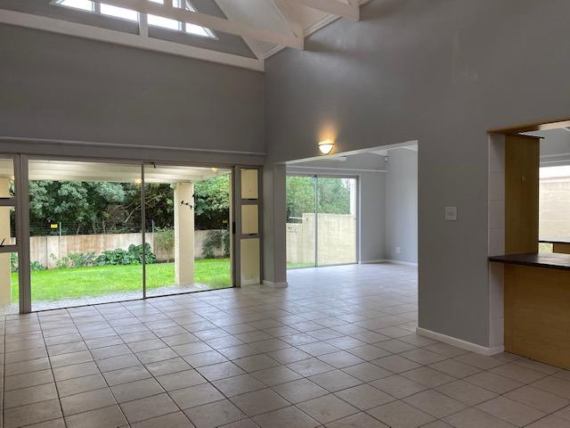 Property For Rent in Amanda Glen, Durbanville 14