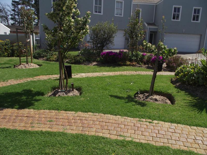 Property For Rent in Langeberg Ridge, Cape Town 3