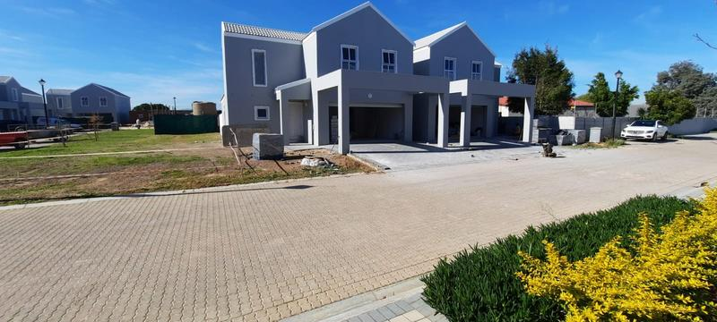 Property For Sale in Langeberg Ridge, Cape Town 3